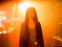 Humans Season 2 Episode 1