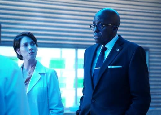 Two Scientific Foes - Black Lightning Season 2 Episode 12
