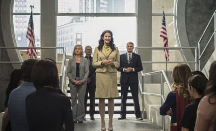 Supergirl Photo Preview: Meet the President!