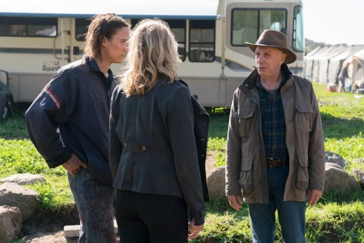 Welcome to the ranch - Fear the Walking Dead Season 3 Episode 2