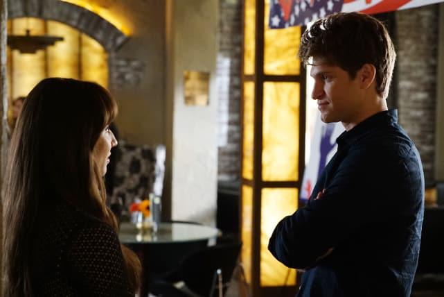 Isn't This Awkward? - Pretty Little Liars Season 6 Episode 14