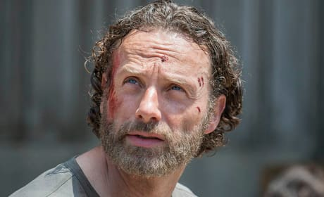 Rick at Terminus - The Walking Dead Season 5 Episode 1