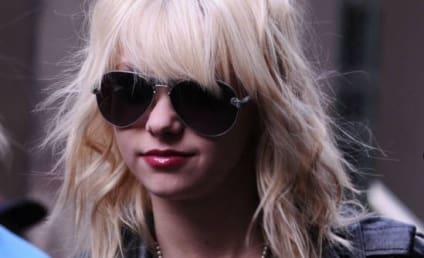 Taylor Momsen on the Gossip Girl Set