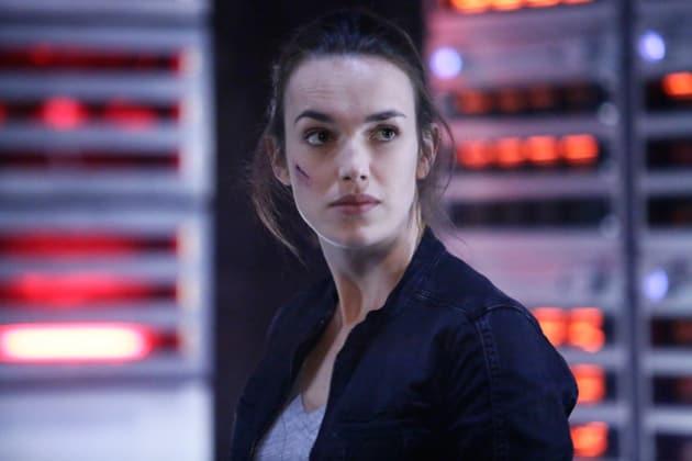 Simmons Preps the Team - Agents of S.H.I.E.L.D. Season 3 Episode 10