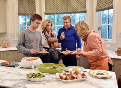 Watch Chrisley Knows Best Season 3 Episode 10 Online