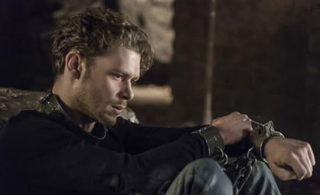 Still Locked Up - The Originals Season 4 Episode 2