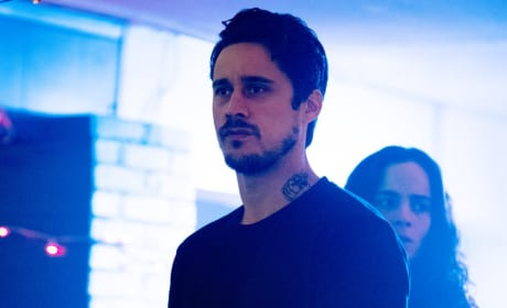 James in Bolivia - Queen of the South Season 2 Episode 5