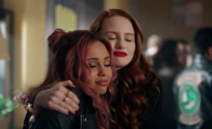 Riverdale: Why We Need More Choni Scenes