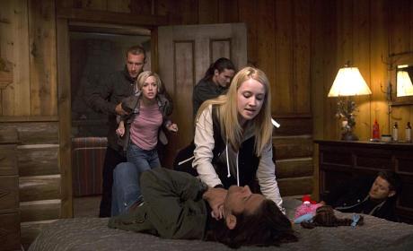 Strangle Hold! - Supernatural Season 10 Episode 4