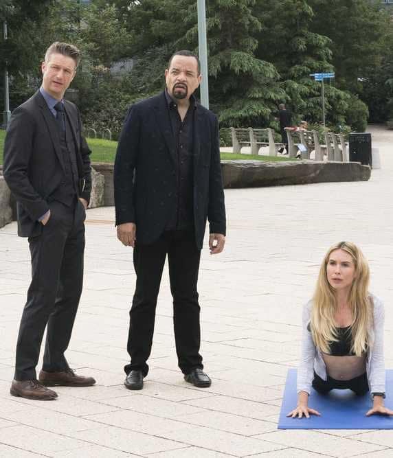 Infiltrating a Cult - Law & Order: SVU Season 20 Episode 5