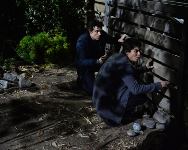 Time to Hide - Pretty Little Liars Season 5 Episode 24