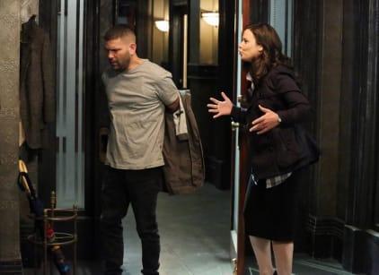 Watch Scandal Season 2 Episode 22 Online