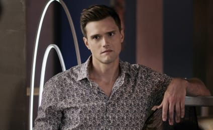 Hartley Sawyer Fired from The Flash After Racist, Misogynist Tweets Resurface