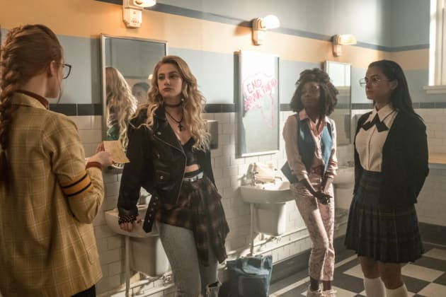 Girls Washroom - Riverdale Season 3 Episode 4