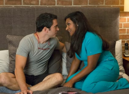 Watch The Mindy Project Season 3 Episode 1 Online