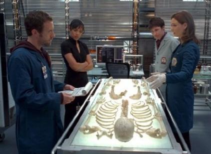 Watch Bones Season 4 Episode 16 Online