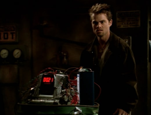 Defusing The Situation - Buffy the Vampire Slayer Season 3 Episode 13