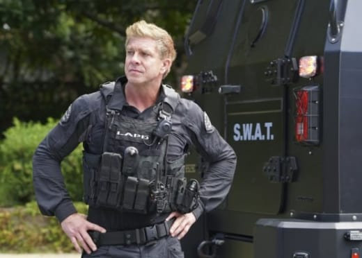 Luca Watches - S.W.A.T. Season 1 Episode 5