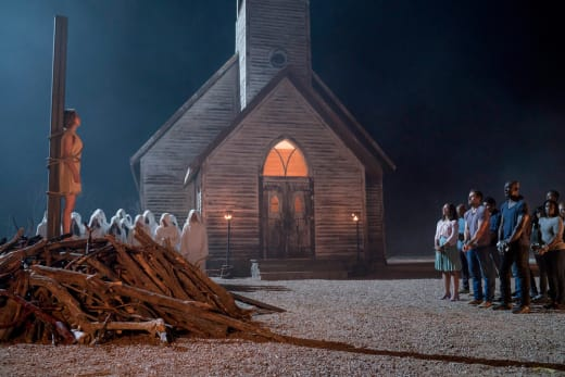 Onlookers Beware - Midnight, Texas Season 2 Episode 9