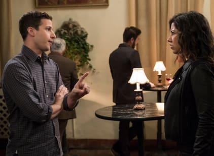 Watch Brooklyn Nine-Nine Season 5 Episode 10 Online