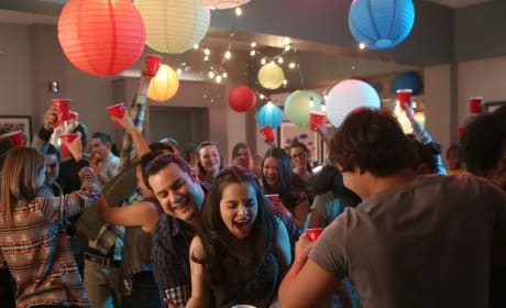 Things Are Getting Out Of Hand - Switched at Birth Season 4 Episode 5