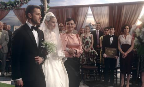 Here Comes the Bride - Once Upon a Time Season 6 Episode 20