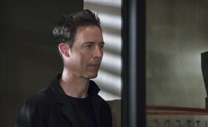 The Flash Season 2 Episode 5 Review: The Darkness and the Light