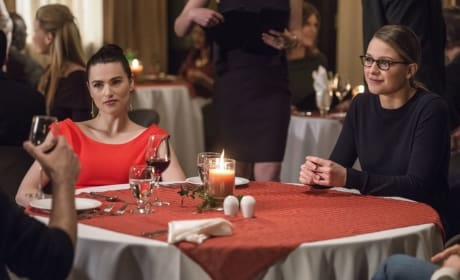 Lena's Backup - Supergirl Season 2 Episode 18
