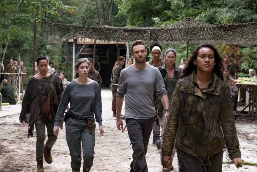 Friend or Foe? - The Walking Dead Season 8 Episode 10