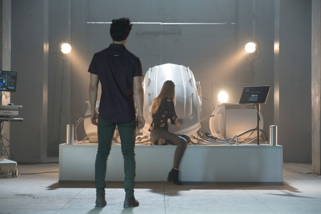 Got Your Back, K - Stitchers Season 3 Episode 10