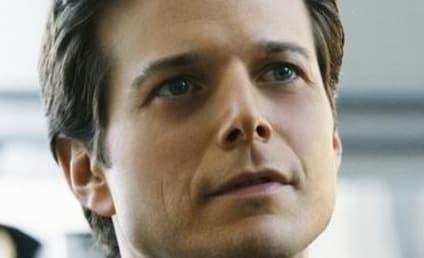 Scott Wolf Speaks on V Remake