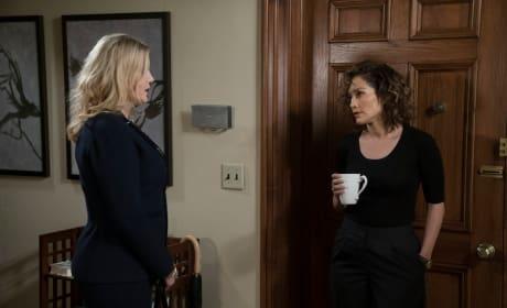 Julia Visits Harlee - Shades of Blue Season 2 Episode 7