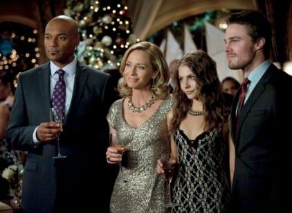 Watch Arrow Season 1 Episode 9 Online