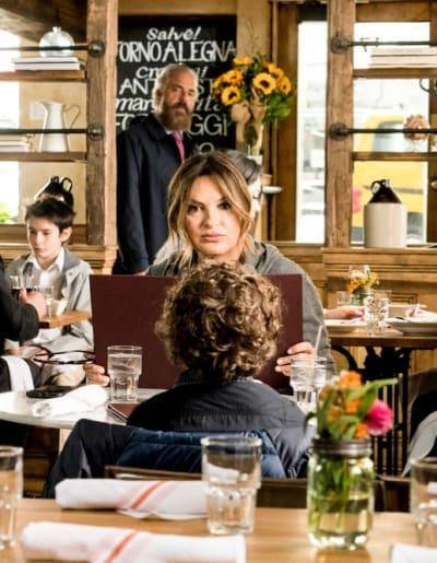 Miller Stalks Benson - Law & Order: SVU Season 20 Episode 23
