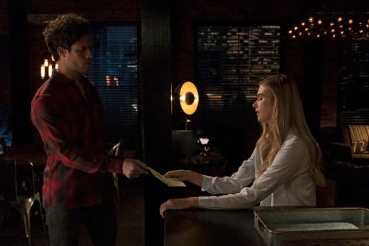 A letter from Dad? - Stitchers Season 3 Episode 1