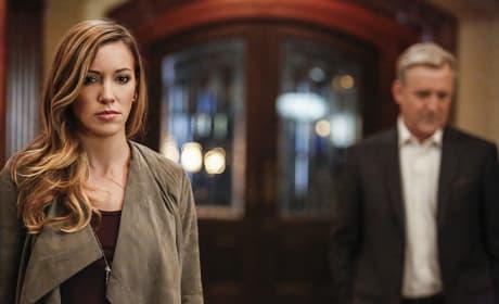 Laurel and Robert! - Arrow Season 5 Episode 8