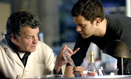 Joshua Jackson Interview: Fringe Episodes to Focus on Various Characters, Backstories