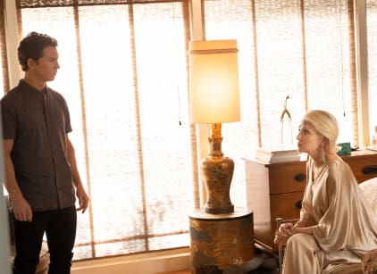 Watch Animal Kingdom Season 3 Episode 12 Online
