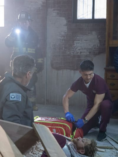 First On The Scene - Chicago Med Season 6 Episode 12
