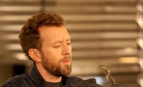 Hodgins Examines the Remains of a Psychic - Bones Season 10 Episode 11