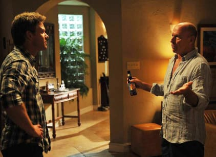 Watch The Glades Season 4 Episode 8 Online