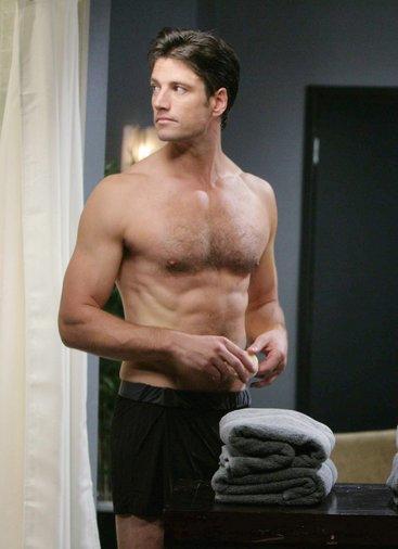 Topless EJ