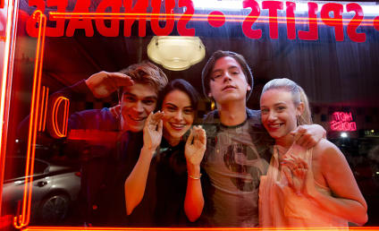 Riverdale: Renewed for Season 2 at The CW!!