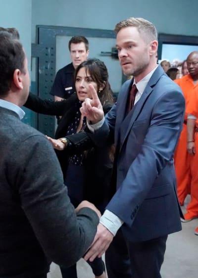Wesley Keeps Control - The Rookie Season 2 Episode 6