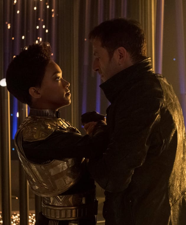 Close Up on Burnham and Lorca - Star Trek: Discovery Season 1 Episode 13