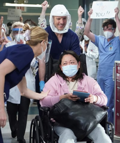 Beating COVID - tall - Grey's Anatomy Season 17 Episode 13
