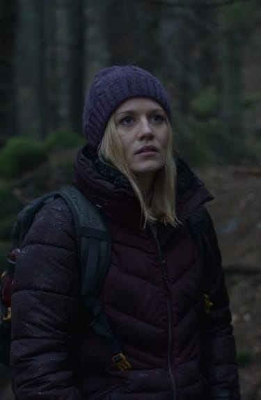 Alice Goes Camping - Absentia Season 2 Episode 10