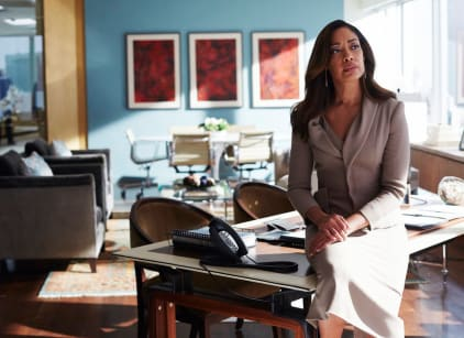 Watch Suits Season 5 Episode 11 Online