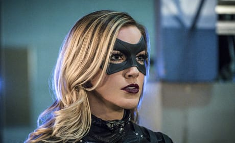 Looking Awesome - Arrow Season 4 Episode 12