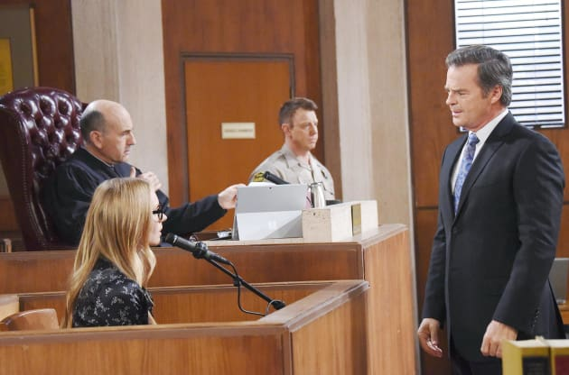 Dr. Laura Takes the Stand - Days of Our Lives